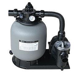 фильтровальная установка: песочный фильтр и циркуляционный насос